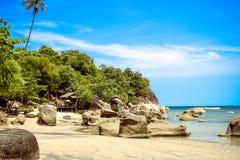 Idylliczna sceny plaża przy Samui wyspą Zdjęcia Royalty Free