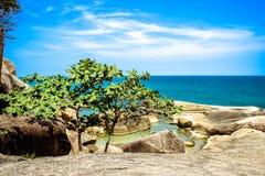 Idylliczna sceny plaża przy Samui wyspą Obraz Royalty Free