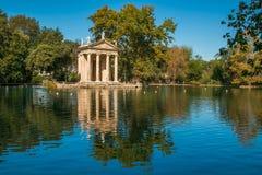 Idylliczny jezioro willa Borghese, Pincian wzgórze, Rzym, Lazio obraz stock