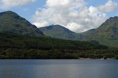 Idylliczny Loch Lomond obrazy royalty free