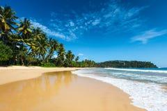 idylliczny na plaży Sri Lanka obrazy stock