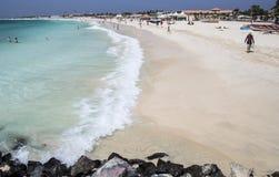 Idylliczny plażowy widok przy Santa Maria na Sal, przylądek Verde zdjęcia stock