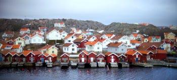 Idylliczny schronienia miasteczko w Orust, Szwecja zdjęcia stock