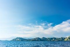 Idylliczny seascape z linią brzegową Flores wyspa Indonezja obraz stock
