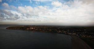 Idylliczny widok plaża podczas zmierzchu zdjęcie stock
