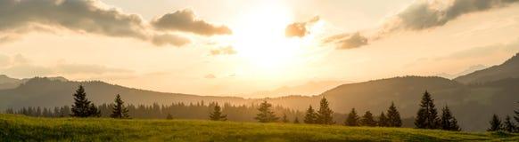 Idyllisch berglandschap Stock Foto