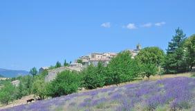 Idyllisch Dorp in de Provence, Frankrijk stock fotografie