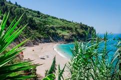 Idyllisch strand Avali Royalty-vrije Stock Afbeeldingen
