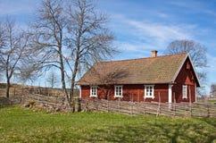 Idyllisch Zweeds huis. Royalty-vrije Stock Afbeeldingen