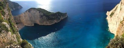 Idyllische mening van mooi Navagio-schipbreukstrand op het Eiland van Zakynthos in Griekenland Royalty-vrije Stock Foto