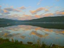 Idyllische Sonnenuntergang-Landschaft lizenzfreies stockbild