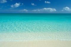 Idyllischer karibischer Strand Stockfoto