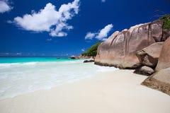 Idyllischer Strand in Seychellen stockbild