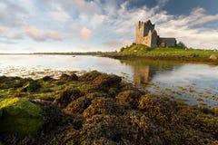 idyllisk solnedgång för slott Royaltyfri Foto