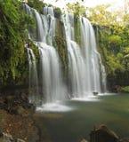 Idylliska Llano de Cortes vattenfall Arkivbilder