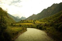 idylliska västra sichuan för porslin dalar Arkivbild