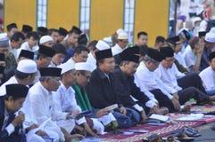 Ied-Gebet auf dem Gebiet Simpanglima Semarang Stockbilder