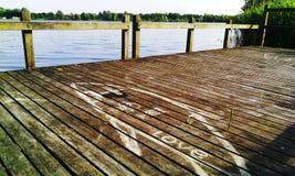 Iemand denkt aan God Omdat hij aan ons denkt in recreatieplaats Gaasperplas in Amsterdam, Holland, Nederland stock afbeeldingen