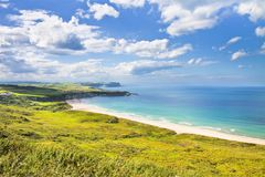 Iers landschap in de Provincie Antrim van Noord-Ierland - Verenigde Koning stock foto's