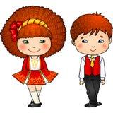 Ierse het dansen jonge geitjes in traditionele kostuums Royalty-vrije Stock Afbeeldingen