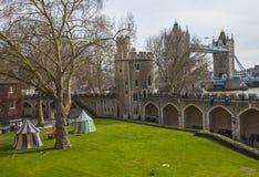 塔桥梁Iew从伦敦塔的 免版税库存照片
