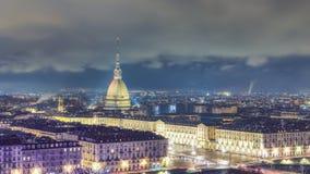 Iew från ovannämnt av staden av Turin Arkivfoto