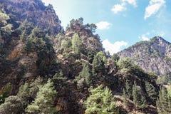 Iew up na górach i falezach zdjęcie stock