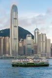 IFC-de bouw met veerboot Royalty-vrije Stock Afbeeldingen