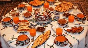 Iftar Ramadan, når att ha fastat royaltyfri foto
