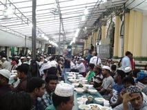 Ifter przy Abdul Gafor meczetem, Singapur Fotografia Royalty Free