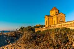 Iglesia abandonada por la playa en Toscana - 9 Imagen de archivo libre de regalías