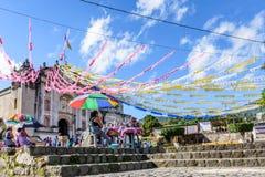 Iglesia adornada para el día de St John, Guatemala Imágenes de archivo libres de regalías