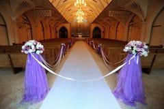 Iglesia adornada para una boda Imagenes de archivo