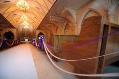 Iglesia adornada para una boda Fotos de archivo