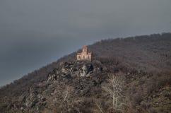 Iglesia albanesa antigua vieja en la montaña de Gakh, Azerbaijan Imagenes de archivo