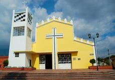 Iglesia amarilla Foto de archivo libre de regalías