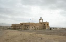 Iglesia antigua en Tierra Santa por el río Jordán foto de archivo libre de regalías