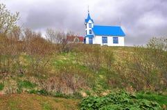 Iglesia azul y blanca Fotos de archivo libres de regalías
