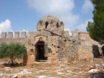 Iglesia bizantina vieja en la fortaleza Alanya Foto de archivo