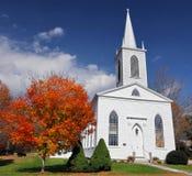 Iglesia blanca Imágenes de archivo libres de regalías