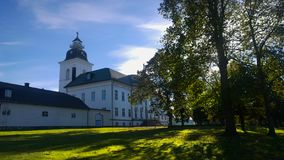 Iglesia blanca en Finlandia fotos de archivo libres de regalías