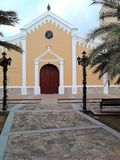 Iglesia Catà ³ lica de圣胡安包蒂斯塔,镇de圣胡安包蒂斯塔, Isla de玛格丽塔,委内瑞拉 库存照片