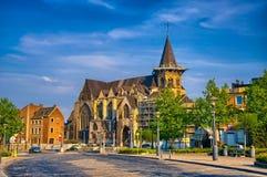 Iglesia católica de Collegiale Sainte-Croix en Lieja, Bélgica, Benel fotografía de archivo libre de regalías