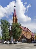 Iglesia católica en el estilo gótico situado en Irkutsk, en Siberia, Foto de archivo libre de regalías