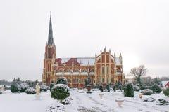 Iglesia católica en Gervyaty imagenes de archivo