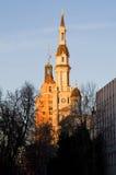 Iglesia católica en Sacramento en la puesta del sol Fotos de archivo