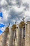Iglesia católica griega ucraniana de la epifanía contra el cielo azul Rochester, los E.E.U.U. Imagen de archivo libre de regalías