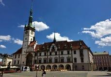 Iglesia católica hermosa en la ciudad de Olomouc en República Checa foto de archivo libre de regalías