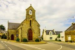 Iglesia católica medieval en Bretaña, Francia Imagenes de archivo