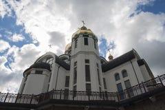 Iglesia, cielo, Ucrania, Zarvanytsia Fotos de archivo libres de regalías